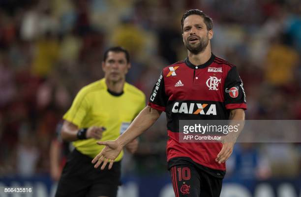Brazil's Flamengo player Diego reacts after missing a goal chance during their 2017 Sudamericana Cup football match against Brazil's Fluminense at...