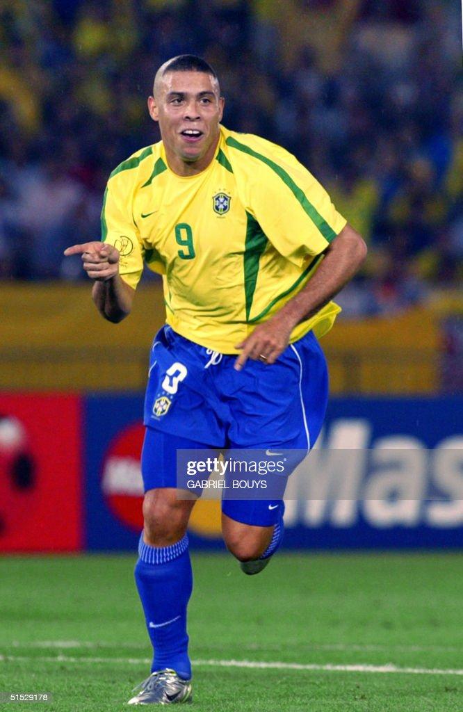 Image result for 2002 ronaldo scores vs germany