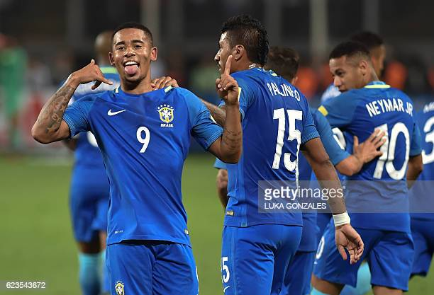 Brazil's Gabriel Jesus celebrates after scoring against Peru during their 2018 FIFA World Cup qualifier football match in Lima on November 15 2016 /...