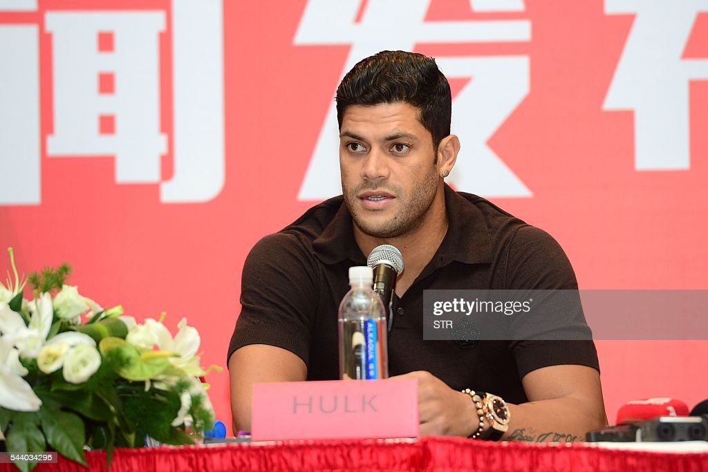 Brazil's Hulk speaks during a press conference for joining Shanghai SIPG Football Club in Shanghai on July 1, 2016. Zenit St Petersburg's Brazilian international Hulk arrived in Shanghai on June 29 to sign for Sven-Goran Eriksson's Shanghai SIPG team, as the cash-flush Chinese Super League embarks on a new round of transfer spending. / AFP / STR / China OUT