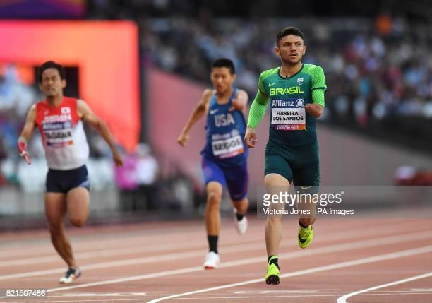 Brazil's Petrucio Ferreira dos Santos winning the Men's 200m T47 Round 1 Heat 2/2
