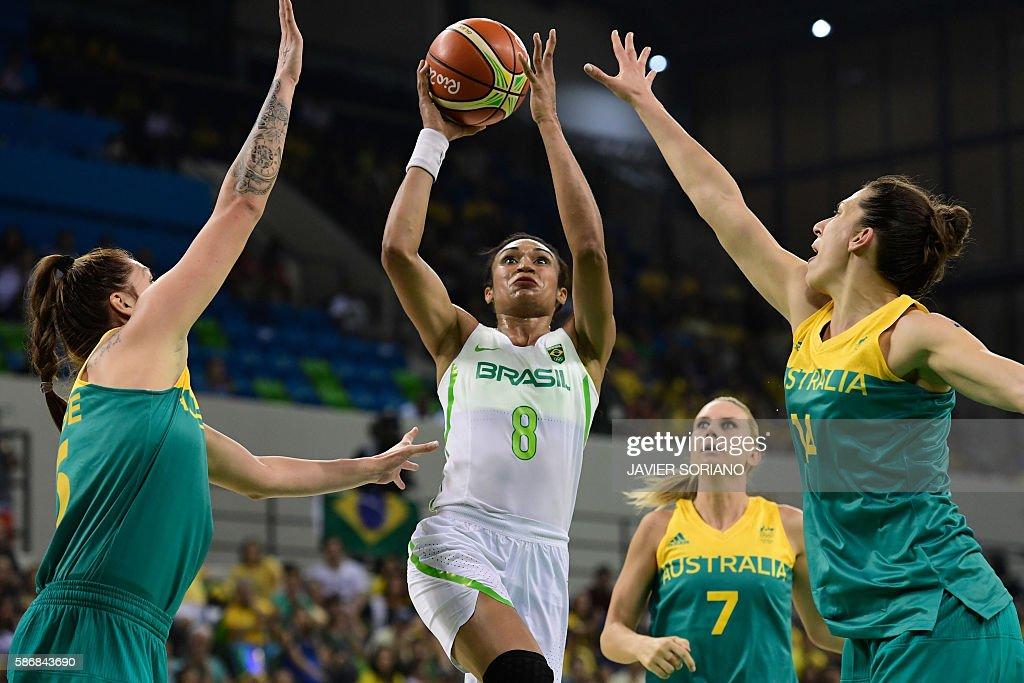 TOPSHOT Brazil's shooting guard Iziane Castro vies for the basket during a Women's round Group A basketball match between Brazil and Australia at the...