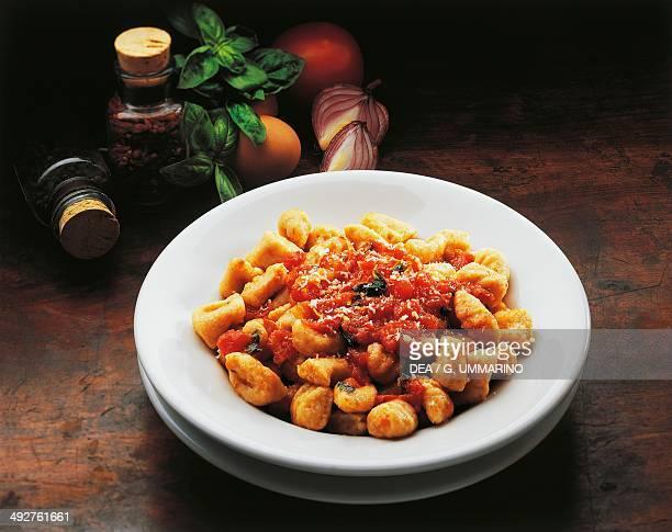 Bread gnocchi with tomato sauce