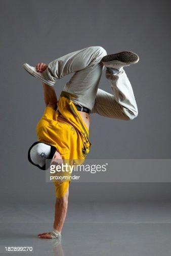 ブレイクダンススタンドのアーム 1 つを