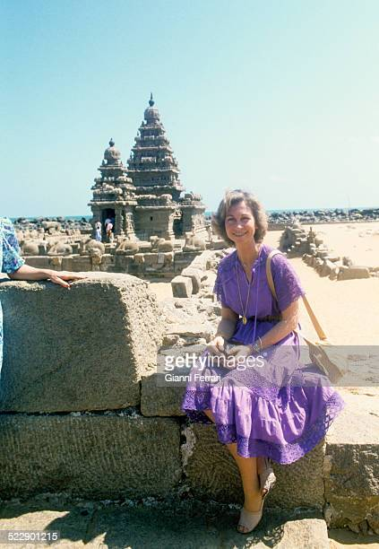 A break for the Spanish Queen Sofia of Greece while visiting the Temples of the Sea in Mahabalipuram 30th January 1982 India