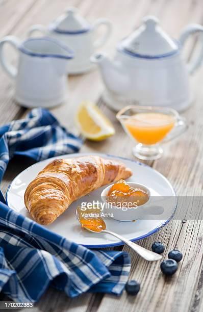 Breakfast: croissant & jam