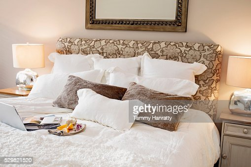 Breakfast in bed : Stockfoto