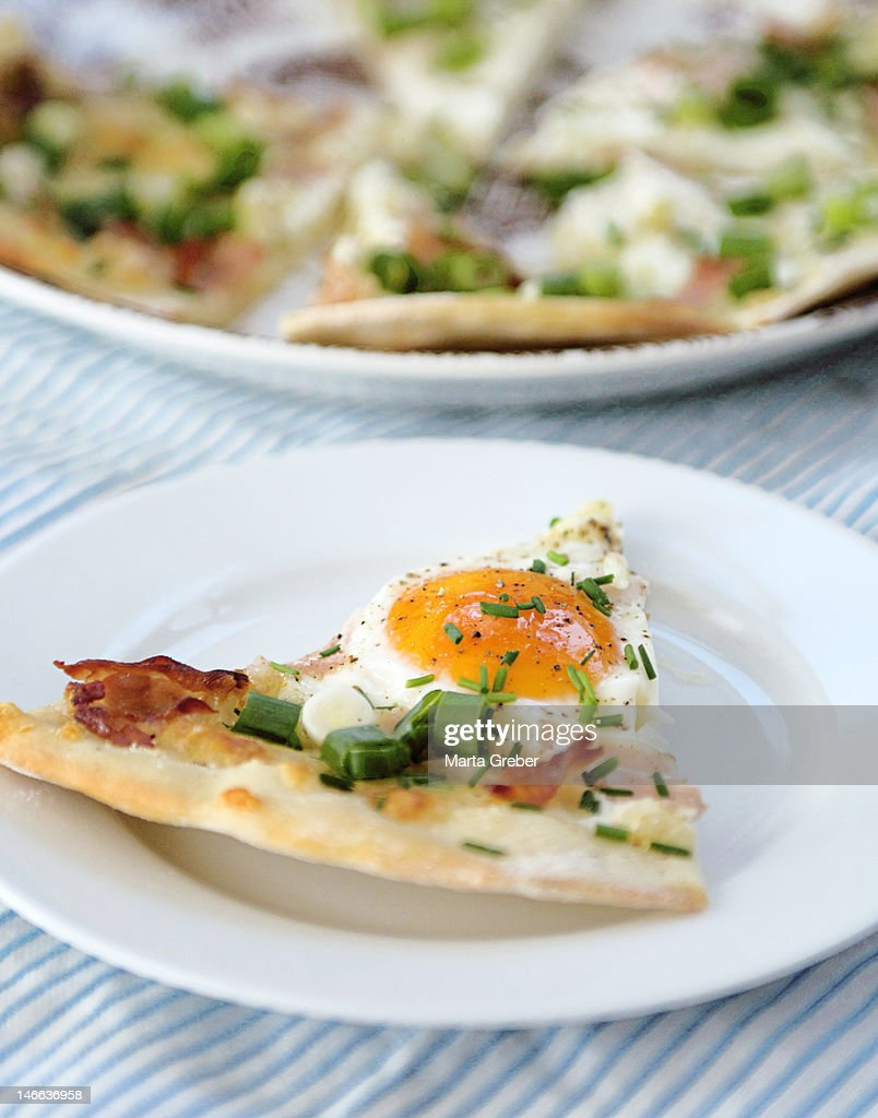 Breakfast pizza : Stock Photo