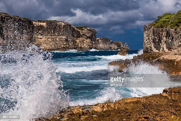 Breaking Waves in Porte d'Enfer