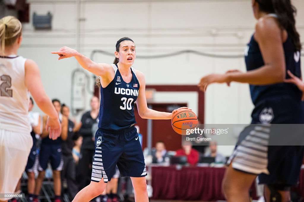<a gi-track='captionPersonalityLinkClicked' href=/galleries/search?phrase=Breanna+Stewart&family=editorial&specificpeople=8564806 ng-click='$event.stopPropagation()'>Breanna Stewart</a> #30 of the Connecticut Huskies sets the play during the game against the Colgate Raiders on December 9, 2015 at Cotterell Court in Hamilton, New York.