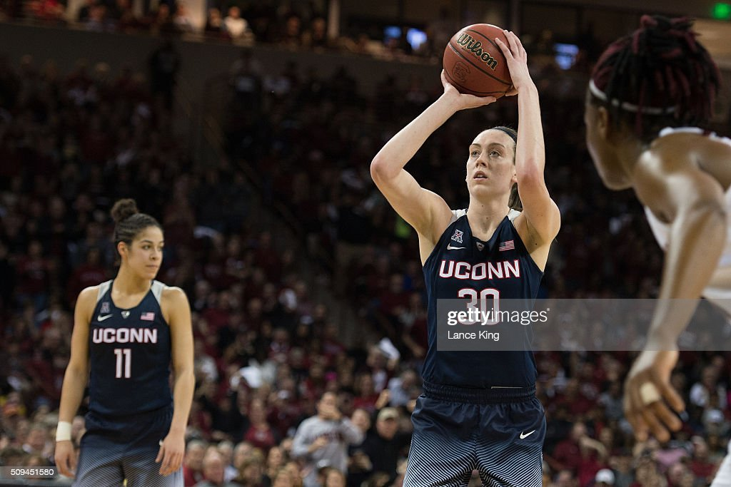 UConn receives top overall seed in quest for fourth straight NCAA tourney title