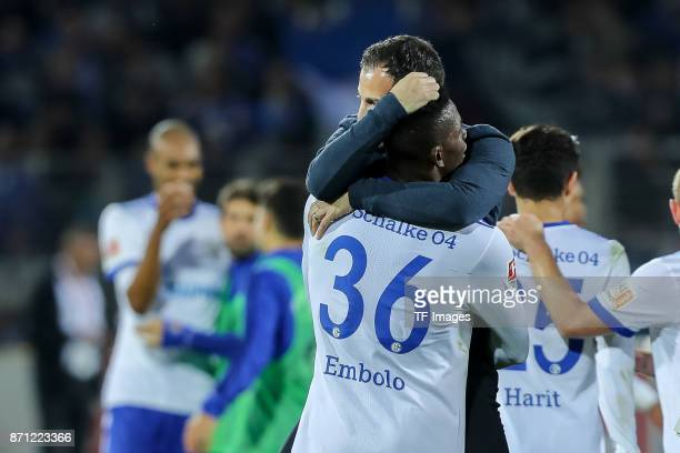 Breel Embolo of Schalke and Head coach Domenico Tedesco of Schalke celebrates after winning the Bundesliga match between SportClub Freiburg and FC...