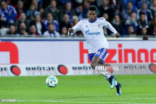 Breel Embolo of Schalke controls the ball during the Bundesliga match between SportClub Freiburg and FC Schalke 04 at SchwarzwaldStadion on November...