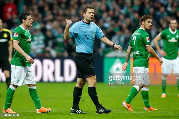 Bremen 8 Februar 2014 Fußball 1 Bundesliga 2013/14 SV Werder Bremen Borussia Dortmund Schiedsrichter Günter Perl // © ximgs wwwximgs...