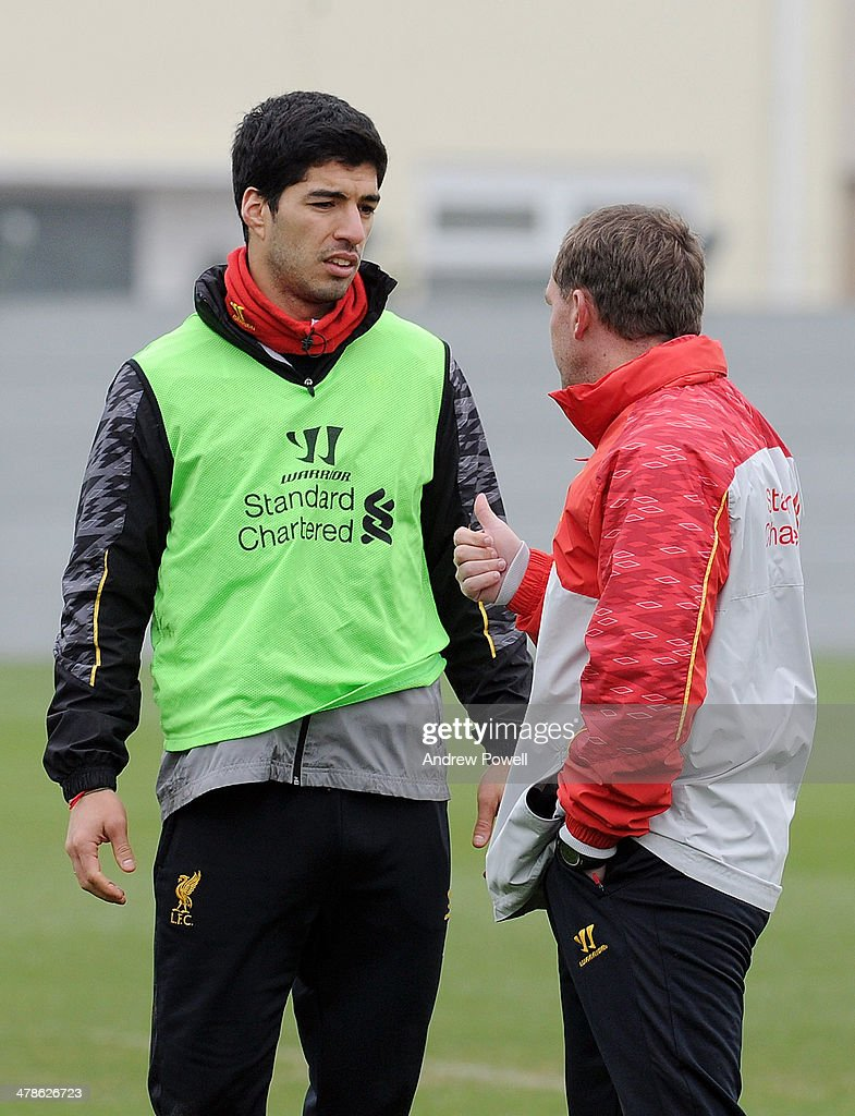 <a gi-track='captionPersonalityLinkClicked' href=/galleries/search?phrase=Brendan+Rodgers+-+Soccer+Manager&family=editorial&specificpeople=5446684 ng-click='$event.stopPropagation()'>Brendan Rodgers</a> manager of Liverpool and Luis Suarez captian of Liverpool talking during a training session at Melwood Training Ground on March 14, 2014 in Liverpool, England.
