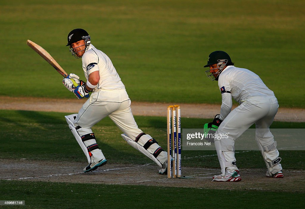 Brendon McCullum of Nerw Zealand bats during day two of the third test between Pakistan and New Zealand at Sharjah Stadium on November 28, 2014 in Sharjah, United Arab Emirates.