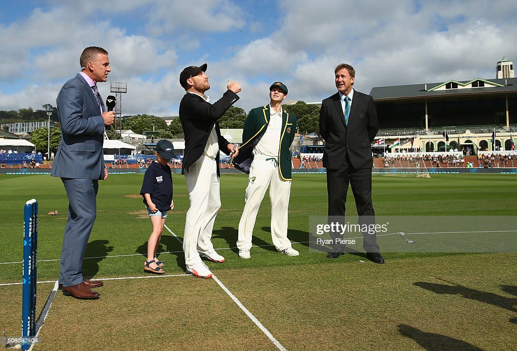 <a gi-track='captionPersonalityLinkClicked' href=/galleries/search?phrase=Brendon+McCullum&family=editorial&specificpeople=208154 ng-click='$event.stopPropagation()'>Brendon McCullum</a> of New Zealand and Steve Smith of Australia toss the coin during day one of the Test match between New Zealand and Australia at Basin Reserve on February 12, 2016 in Wellington, New Zealand.