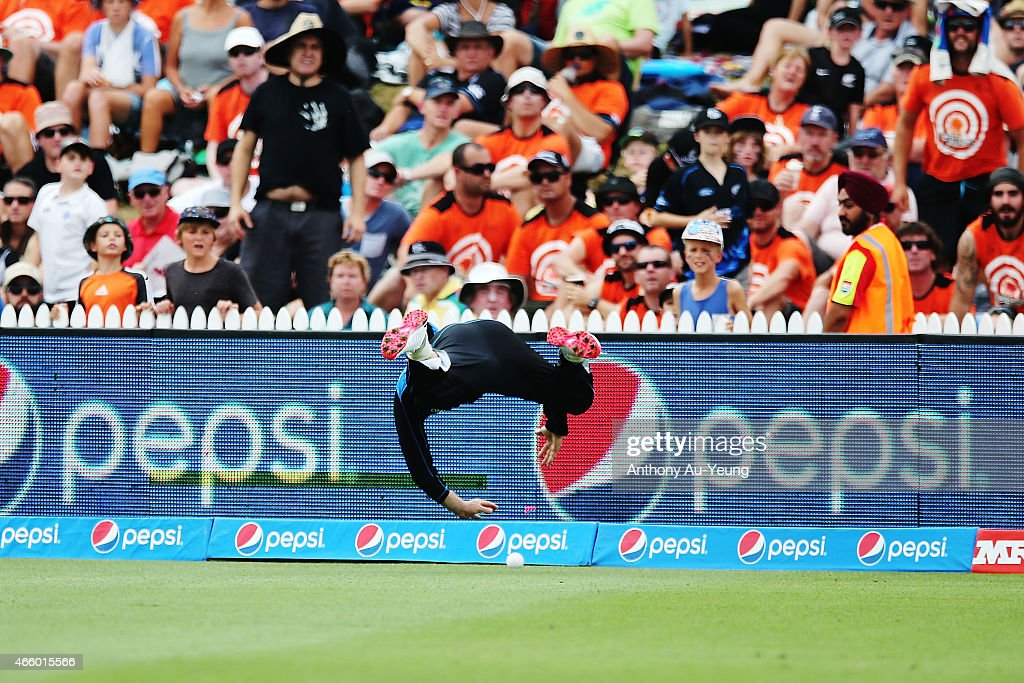 Brendon McCullum of New Zealand dives for the ball during the 2015 ICC Cricket World Cup match between Bangladesh and New Zealand at Seddon Park on...
