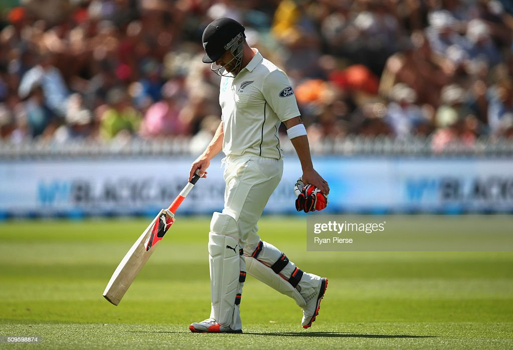 <a gi-track='captionPersonalityLinkClicked' href=/galleries/search?phrase=Brendon+McCullum&family=editorial&specificpeople=208154 ng-click='$event.stopPropagation()'>Brendon McCullum</a> of New Zealand looks dejected after being dismissed by Josh Hazlewood of Australia during day one of the Test match between New Zealand and Australia at Basin Reserve on February 12, 2016 in Wellington, New Zealand.