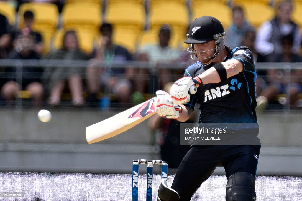 Brendon McCullum of New Zealand plays a shot during the 2nd one-day international cricket match between New Zealand and Australia at Westpac Stadium in Wellington on February 6, 2016. AFP PHOTO / MARTY MELVILLE / AFP / Marty Melville