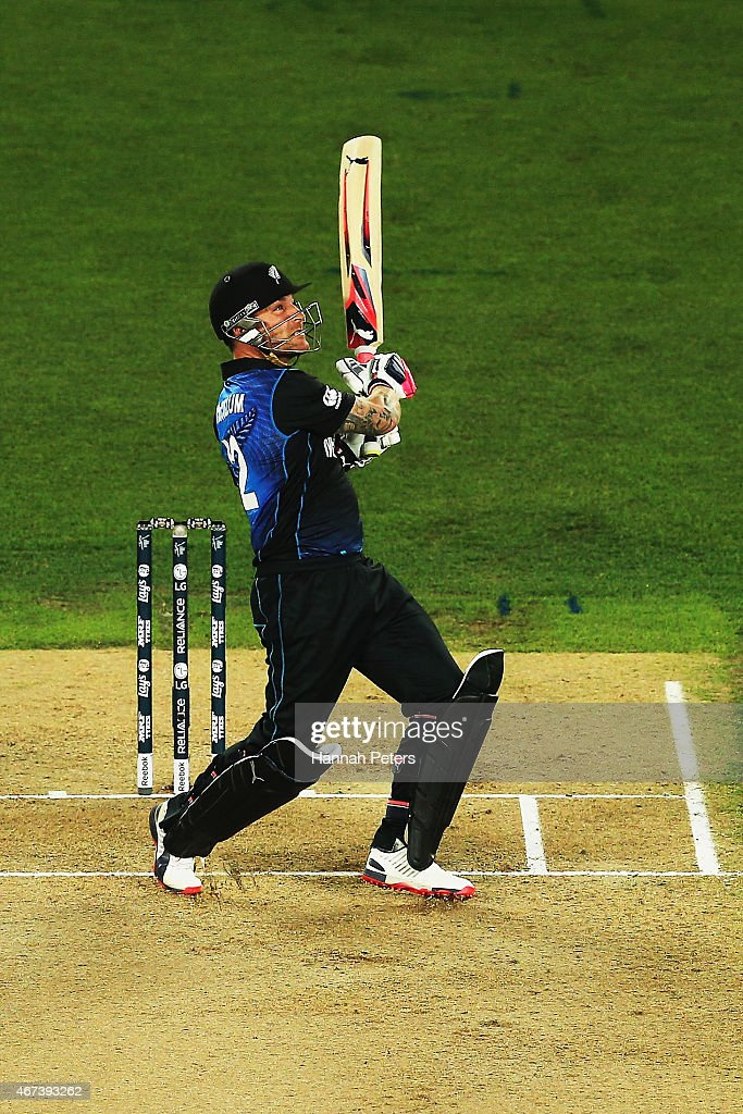 <a gi-track='captionPersonalityLinkClicked' href=/galleries/search?phrase=Brendon+McCullum&family=editorial&specificpeople=208154 ng-click='$event.stopPropagation()'>Brendon McCullum</a> of New Zealand pulls the ball away for six runs during the 2015 Cricket World Cup Semi Final match between New Zealand and South Africa at Eden Park on March 24, 2015 in Auckland, New Zealand.
