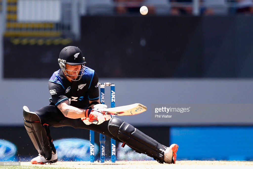 <a gi-track='captionPersonalityLinkClicked' href=/galleries/search?phrase=Brendon+McCullum&family=editorial&specificpeople=208154 ng-click='$event.stopPropagation()'>Brendon McCullum</a> of New Zealand ramps the ball to make four runs during the One Day International match between New Zealand and Australia at Eden Park on February 3, 2016 in Auckland, New Zealand.