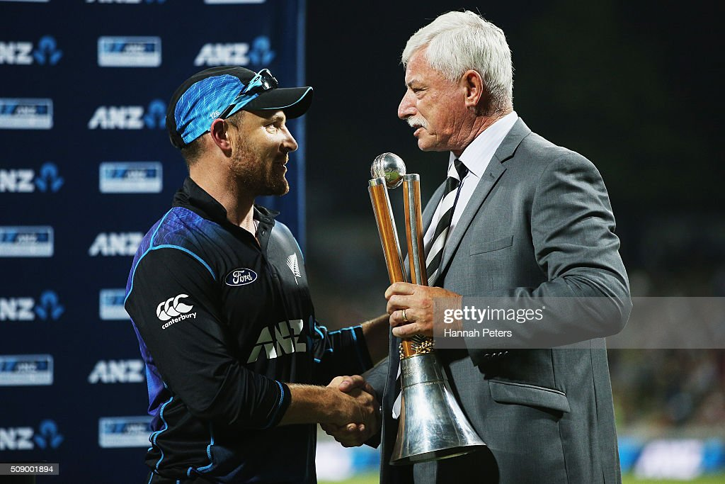 <a gi-track='captionPersonalityLinkClicked' href=/galleries/search?phrase=Brendon+McCullum&family=editorial&specificpeople=208154 ng-click='$event.stopPropagation()'>Brendon McCullum</a> of the Black Caps is congratulated by Sir <a gi-track='captionPersonalityLinkClicked' href=/galleries/search?phrase=Richard+Hadlee+-+New+Zealand+Cricket+Player&family=editorial&specificpeople=1797267 ng-click='$event.stopPropagation()'>Richard Hadlee</a> after winning the 3rd One Day International cricket match between the New Zealand Black Caps and Australia at Seddon Park on February 8, 2016 in Hamilton, New Zealand.