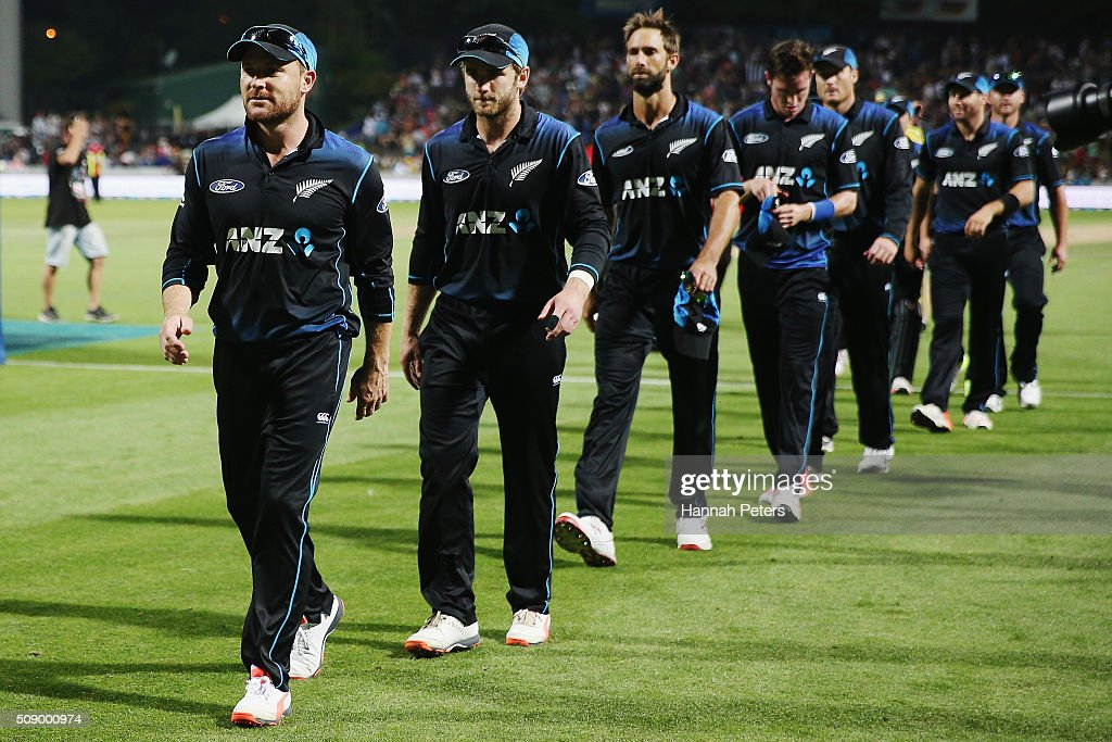 <a gi-track='captionPersonalityLinkClicked' href=/galleries/search?phrase=Brendon+McCullum&family=editorial&specificpeople=208154 ng-click='$event.stopPropagation()'>Brendon McCullum</a> of the Black Caps leads the team off after winning the 3rd One Day International cricket match between the New Zealand Black Caps and Australia at Seddon Park on February 8, 2016 in Hamilton, New Zealand.