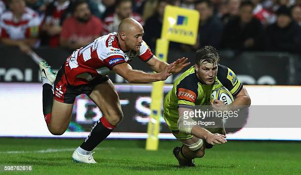 Brendon O'Connor of Leicester scores a late second half try during the Aviva Premiership match between Gloucester and Leicester Tigers at Kingsholm...