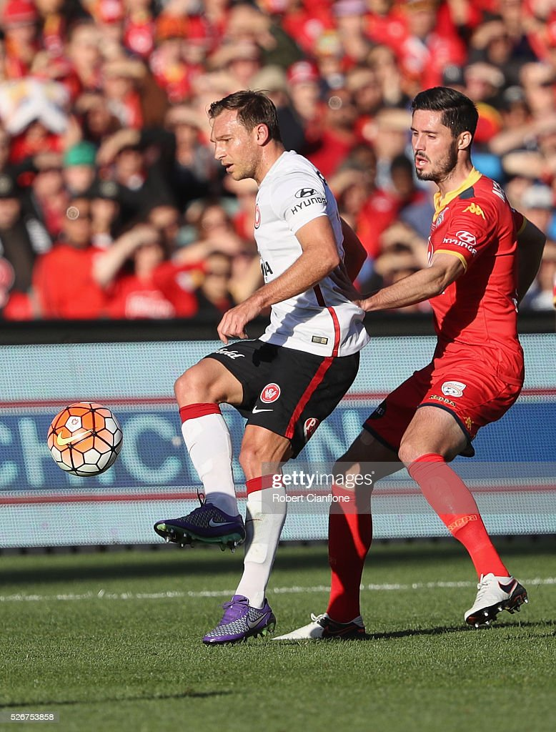 Brendon Santalab of the Wanderers controls the ball during the 2015/16 A-League Grand Final match between Adelaide United and the Western Sydney Wanderers at Adelaide Oval on May 1, 2016 in Adelaide, Australia.
