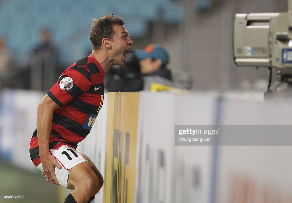 Brendon Santalab of Western Sydney celebrates after scoring second goal during the AFC Champions League Group H match between Ulsan Hyundai v Western...