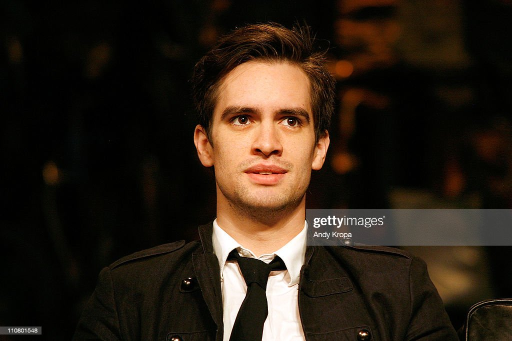 Brendon Urie Haircut 2011 54938 Timehd
