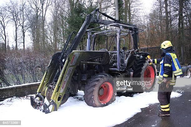 Brennender TraktorAm 090115 gegen 1525 Uhr ging bei der Polizei die Meldung ein dass auf der L 270 zwischen Püttlingen und Riegelsberg ca 50 Meter...