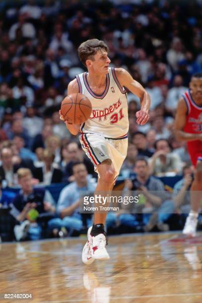 Brent Barry of the Los Angeles Clippers looks to pass during the 1996 Rookie Challenge played February 10 1996 at the Alamodome in San Antonio Texas...