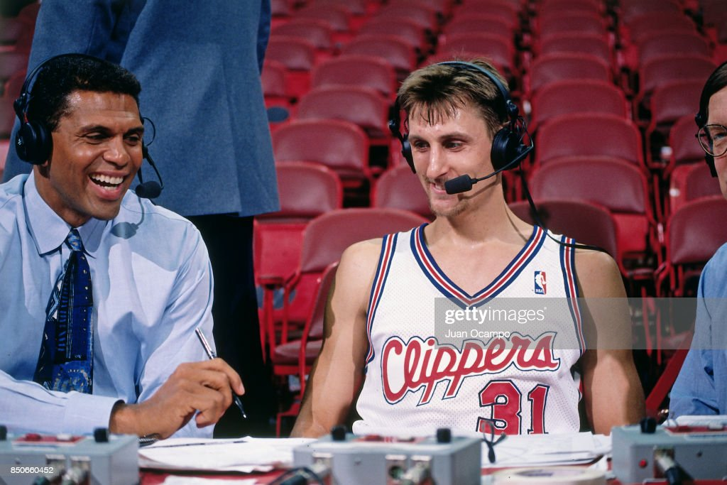 Brent Barry #31 of the Los Angeles Clippers talks with the media before the game against the Sacramento Kings on November 26, 1997 at Los Angeles Memorial Sports Arena in Los Angeles, California.