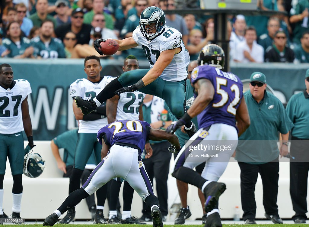 <a gi-track='captionPersonalityLinkClicked' href=/galleries/search?phrase=Brent+Celek&family=editorial&specificpeople=2557212 ng-click='$event.stopPropagation()'>Brent Celek</a> #87 of the Philadelphia Eagles hurdles <a gi-track='captionPersonalityLinkClicked' href=/galleries/search?phrase=Ed+Reed&family=editorial&specificpeople=194933 ng-click='$event.stopPropagation()'>Ed Reed</a> #20 of the Baltimore Ravens at Lincoln Financial Field on September 16, 2012 in Philadelphia, Pennsylvania. The Eagles won 24-23.