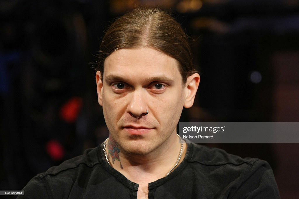 how tall is brent smith