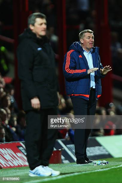 Brentford Manager Dean Smith instructs his team during the Sky Bet Championship match between Brentford and Bolton Wanderers at Griffin Park on April...