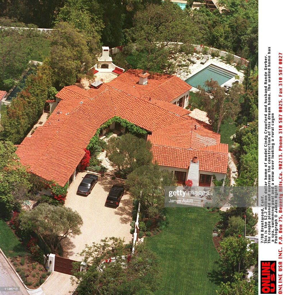 Cindy Crawford Home 7 98 Brentwood Calif The Brentwood Home Of Cindy Crawford See