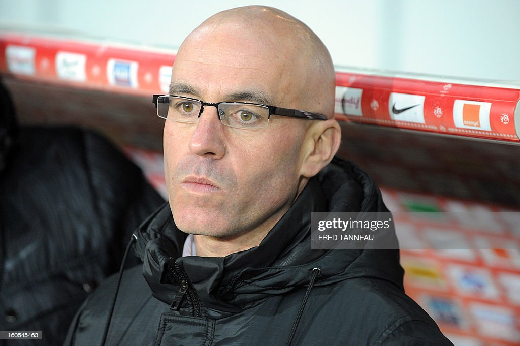 Brest's French coach Landry Chauvin looks on during a French L1 football match between Brest and Nice at the Francis Le Ble stadium on February 2, 2013 in Brest, western France.