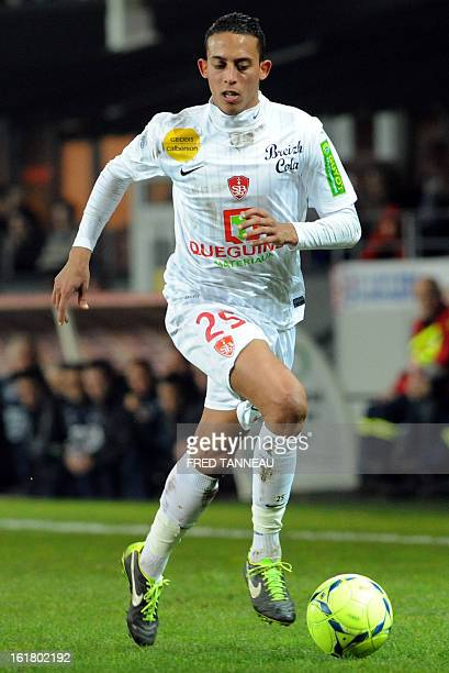 Brest's Moroccan midfielder Kamel Chafni controls the ball on February 16 2013 during a French L1 football match against Ajaccio at the Francis Le...