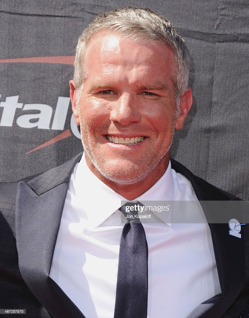 <a gi-track='captionPersonalityLinkClicked' href=/galleries/search?phrase=Brett+Favre&family=editorial&specificpeople=167102 ng-click='$event.stopPropagation()'>Brett Favre</a> arrives at The 2015 ESPYS at Microsoft Theater on July 15, 2015 in Los Angeles, California.