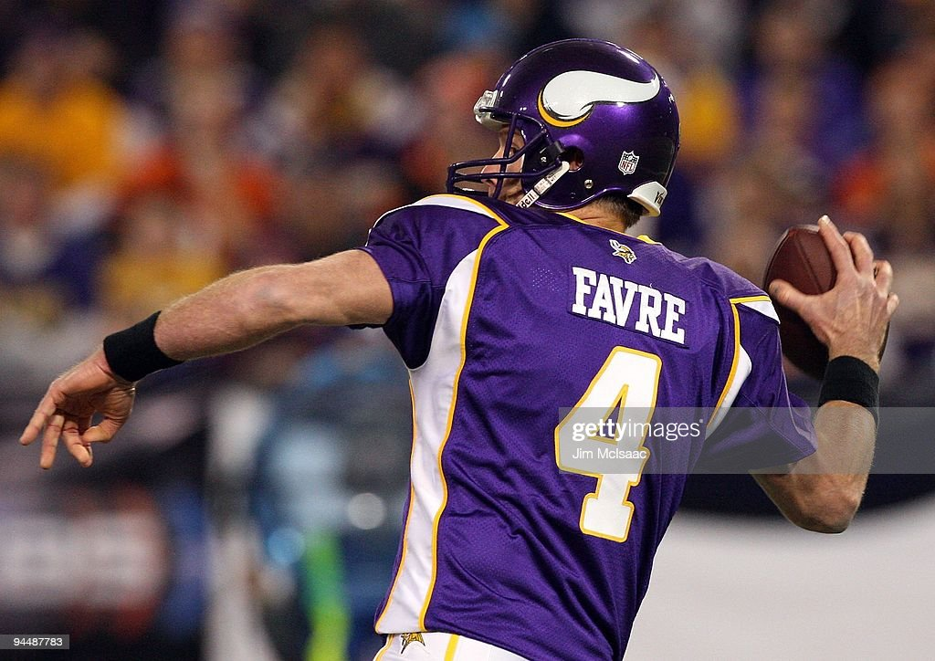Brett Favre #4 of the Minnesota Vikings throws a pass against the Cincinnati Bengals on December 13, 2009 at Hubert H. Humphrey Metrodome in Minneapolis, Minnesota. The Vikings defeated the Bengals 30-10.