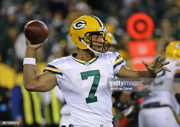 Brett Hundley of the Green Bay Packers passes against the Chicago Bears at Lambeau Field on September 28 2017 in Green Bay Wisconsin The Packers...