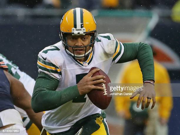 Brett Hundley of the Green Bay Packers runs 17 yards for a first down against the Chicago Bears at Soldier Field on November 12 2017 in Chicago...