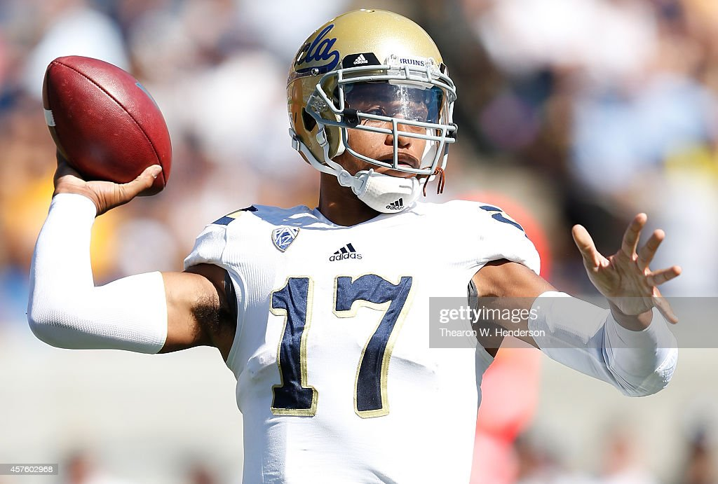 <a gi-track='captionPersonalityLinkClicked' href=/galleries/search?phrase=Brett+Hundley&family=editorial&specificpeople=8674236 ng-click='$event.stopPropagation()'>Brett Hundley</a> #17 of the UCLA Bruins drops back to pass against the California Golden Bears during the second quarter at Kabam Field at California Memorial Stadium on October 18, 2014 in Berkeley, California.