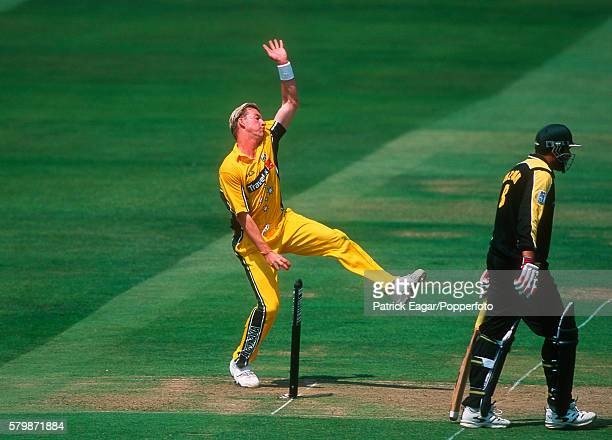 Brett Lee bowling for Australia during the NatWest Series Final between Australia and Pakistan at Lord's Cricket Ground London 23rd June 2001 The...