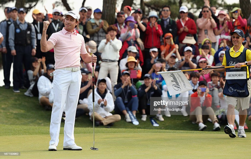 <a gi-track='captionPersonalityLinkClicked' href=/galleries/search?phrase=Brett+Rumford&family=editorial&specificpeople=216614 ng-click='$event.stopPropagation()'>Brett Rumford</a> of Australia celebrates after holing an eagle putt at the first play-off hole to win the play-off and the Ballantine's Championship at Blackstone Golf Club on April 28, 2013 in Icheon, South Korea.