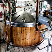 Brewery, mash tun and dissolving vat