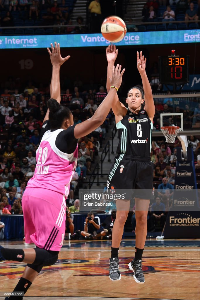 Bria Hartley #8 of the New York Liberty shoots the ball during the game against the Connecticut Sun on August 18, 2017 at the Mohegan Sun Arena in Uncasville, Connecticut.